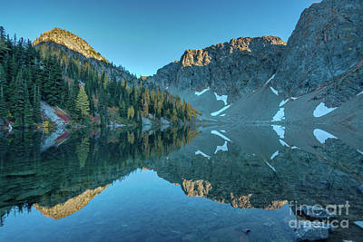 Photograph - Blue Lake Fall Colors Reflection by Mike Reid