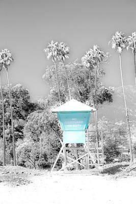 Santa Barbara Photograph - Blue Life Guard Shack. by Sean Davey