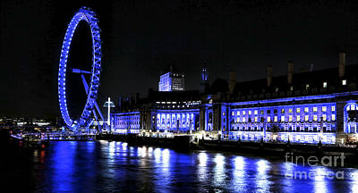 Photograph - Blue Night In London by John Rizzuto