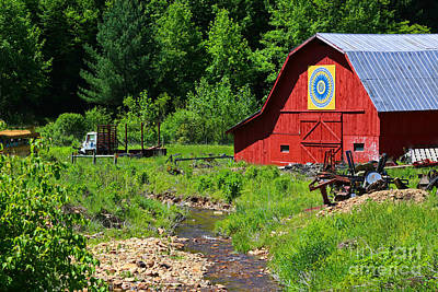 Blue Ridge Barn Art Print