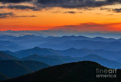 Photograph - Blue Ridge Mountains. by Itai Minovitz