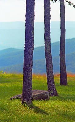 Photograph - Blue Ridge Mountains Of Virginia by Frank Romeo