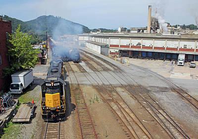 Photograph - Blue Ridge Southern Railroad 5 by Joseph C Hinson Photography