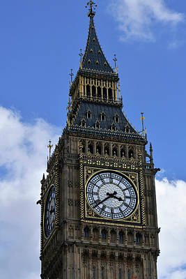Photograph - Blue Sky With Big Ben by John Holloway