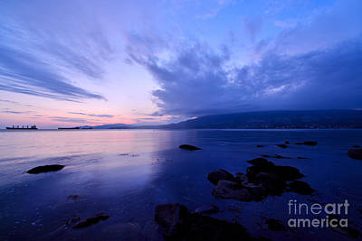 Photograph - Blue Twilight At English Bay by Terry Elniski