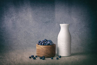 Wooden Bowls Photograph - Blueberries And Cream by Tom Mc Nemar