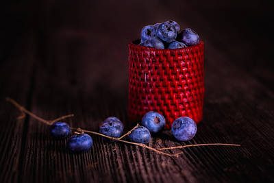 Wooden Bowls Photograph - Blueberry Delight by Tom Mc Nemar