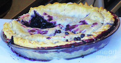 Photograph - Blueberry Pie by Randall Weidner