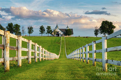 Photograph - Bluegrass Barn by Anthony Heflin