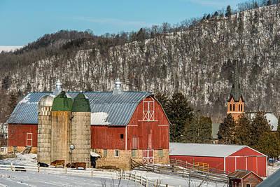 Rustic Barn Interior Photograph - Bluff Country Barn by Paul Freidlund
