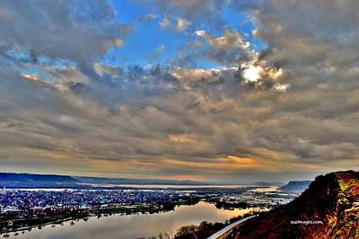 Photograph - Bluff Sunrise by Susie Loechler