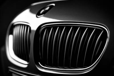 Bmw Photograph - Bmw-z4 Grill With Emblem Close Up In Black And White by Laszlo Toth