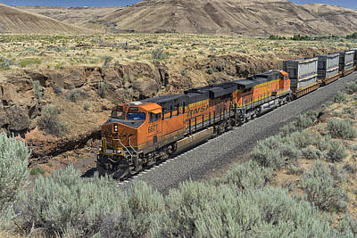 Photograph - Bnsf Train Running The Columbia Gorge Wa Dsc05204 by Greg Kluempers