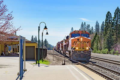 Photograph - Bnsf8151 1 by Jim Thompson