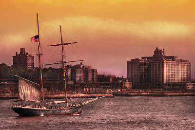 Boat - Ny - The Clipper  Art Print by Mike Savad