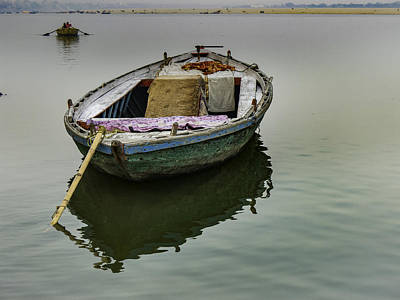 Photograph - boat at Ganges by Mache Del Campo