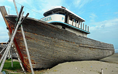 Photograph - Boat Yard 2 by Ron Kandt