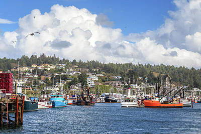 Boats In Yaquina Bay Art Print