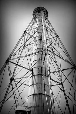 Gulf Photograph - Boca Grande Light Rear Range by J Darrell Hutto