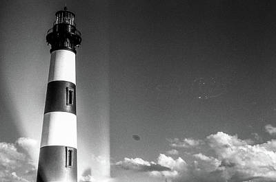 Photograph - Bodie Island Lighthouse by David Sutton
