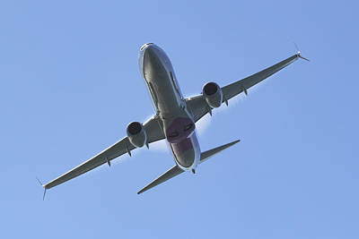 Boeing 737-900 Photograph - Boeing 737-900 Overhead by Rick Pisio