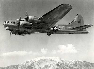 Photograph - Boeing B17 1944 by USAAC Foto