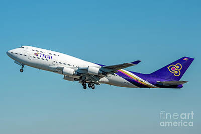 Flight Photograph - Boeing B747-400 Thai Airline Departed From Milano Malpensa Airport by Roberto Chiartano