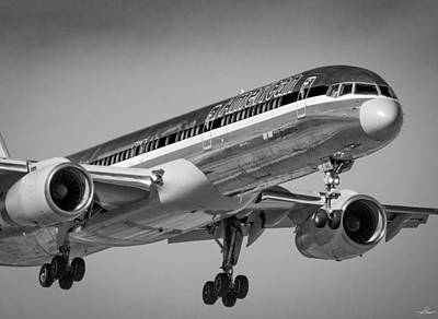 Photograph - Boeing Landing 17r Dfw by Philip Rispin