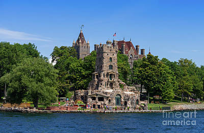 Photograph - Boldt Castle In Thousand Islands by Les Palenik