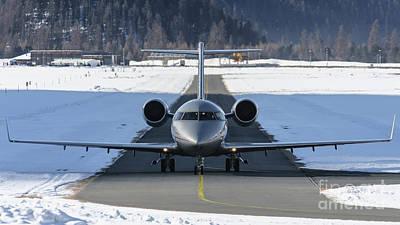 Airline Photograph - Bombardier Challenger 605 9h-vfe Vista Jet by Roberto Chiartano