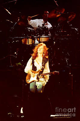 Gingrich Photograph - Bonnie Raitt-0005 by Gary Gingrich Galleries