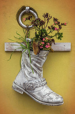 Flower Ring Photograph - Boot Vase by Carlos Caetano