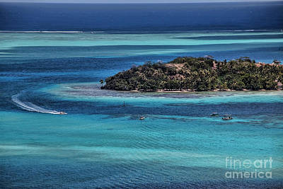 Photograph - Bora Bora by Shirley Mangini