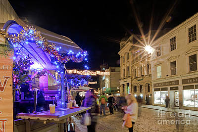 Photograph - Boscawen Street, Truro At Christmas by Terri Waters