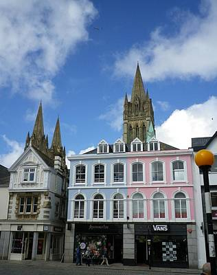 Photograph - Boscawen Street Truro by Richard Brookes