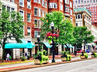 Photograph - Boston Ma - Shops Along Boyleston Street by Susan Savad