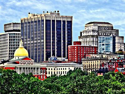 City Photograph - Boston Ma - Skyline With Massachusetts State House by Susan Savad