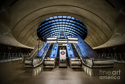 London Photograph - Bound For The Underground by Evelina Kremsdorf