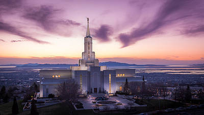 Photograph - Bountiful Temple At Dusk by Dallas Golden
