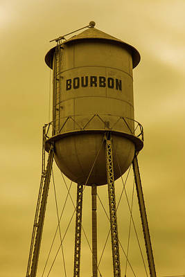 Photograph - Bourbon Tower Yesteryear Art by Gregory Ballos