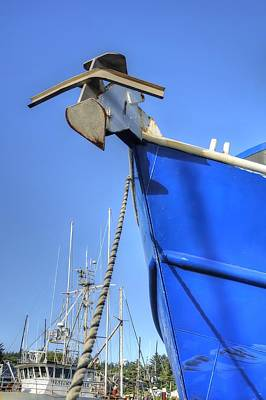 Photograph - Bow Line Anchor 2375 by Jerry Sodorff