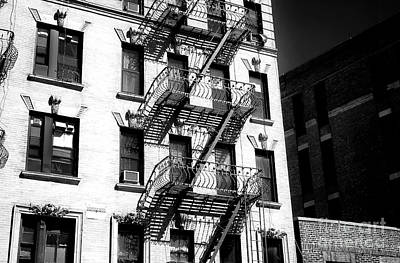Photograph - Bowery Living by John Rizzuto