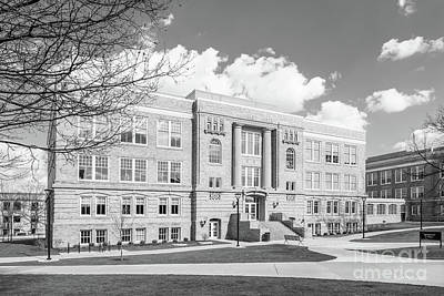 Photograph - Bowling Green State University Moseley Hall by University Icons