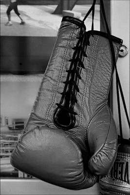 Boxing Glove Print by Robert Ullmann