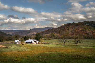 Photograph - Boxley Valley Farm by James Barber
