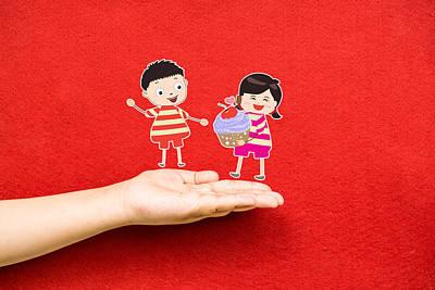 Cupcake Love Digital Art - Boy And Girl With Cupcake On A Hand by Dai Trinh Huu