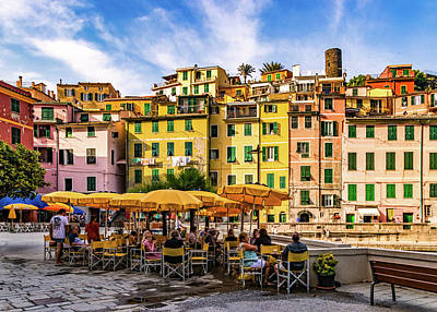 Photograph - Breakfast By The Vernazza Harbor by Carolyn Derstine
