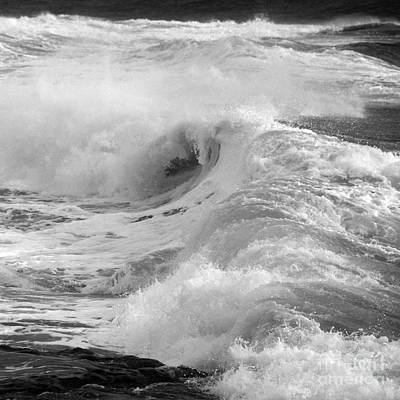 Photograph - Breaking Waves. 2 by Paul Davenport