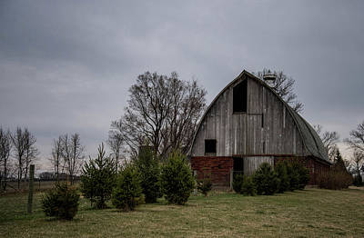 Photograph - Brick And Wood Barn by Wendy Carrington