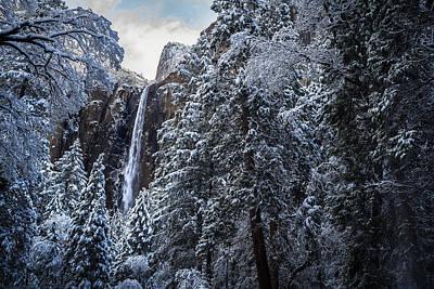 Bridal Veil Falls In Winter Art Print